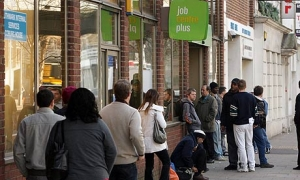 UK Unemployment steady in November
